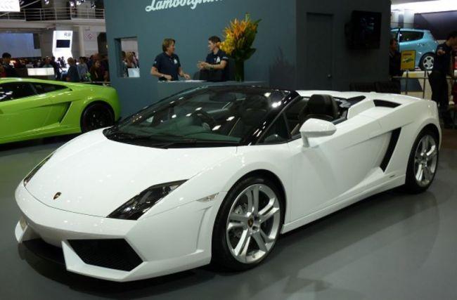 Lamborghini — первый среди суперкаров