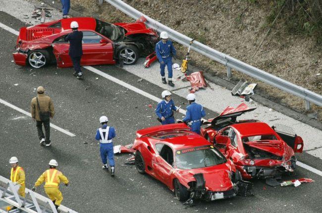 Аварии с участием очень дорогих автомобилей 3