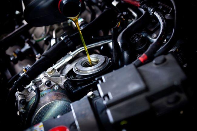 Технология измерения уровня масла в автомобильном двигателе