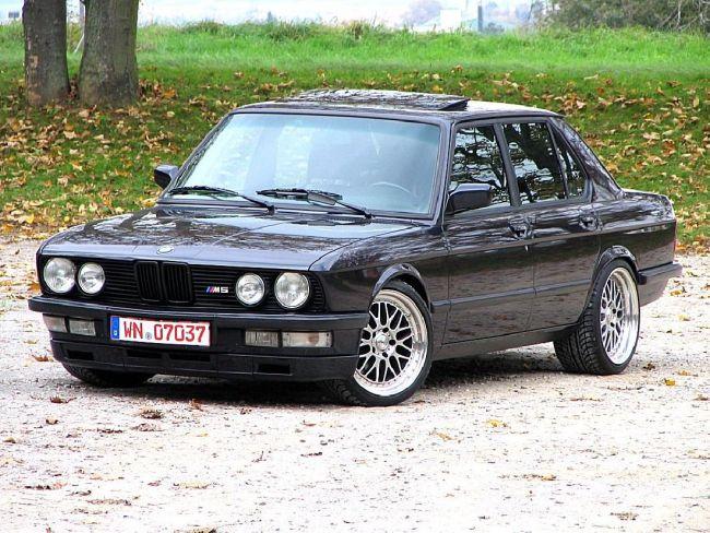 О двигателях BMW 5-Series 2 поколение E28 (1981 — 1988)