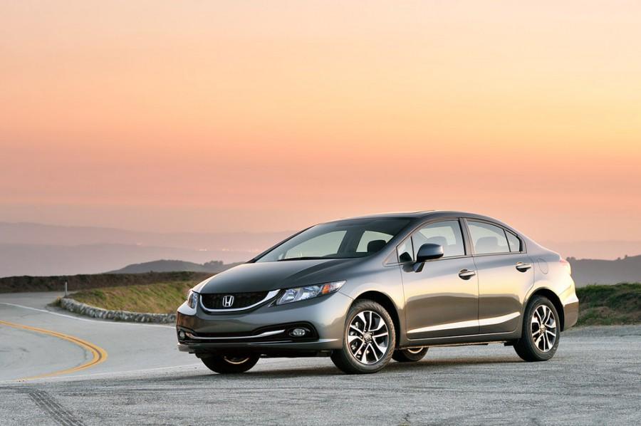 Honda Civic седан 4-дв., 2013–2016, 9 поколение [рестайлинг] - отзывы, фото и характеристики на Car.ru