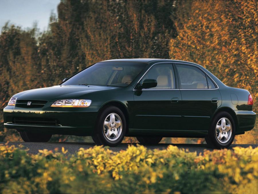 Honda Accord US-spec седан 4-дв., 1998–2002, 6 поколение - отзывы, фото и характеристики на Car.ru