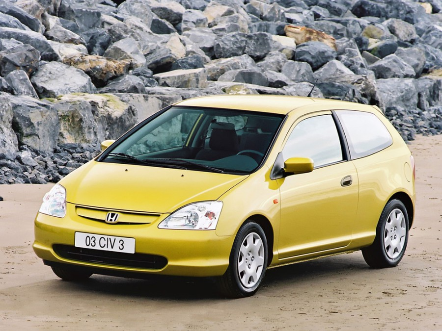 Honda Civic хетчбэк 3-дв., 2000–2005, 7 поколение - отзывы, фото и характеристики на Car.ru