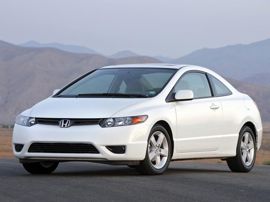 Honda Civic купе, 2005–2008, 8 поколение - отзывы, фото и характеристики на Car.ru