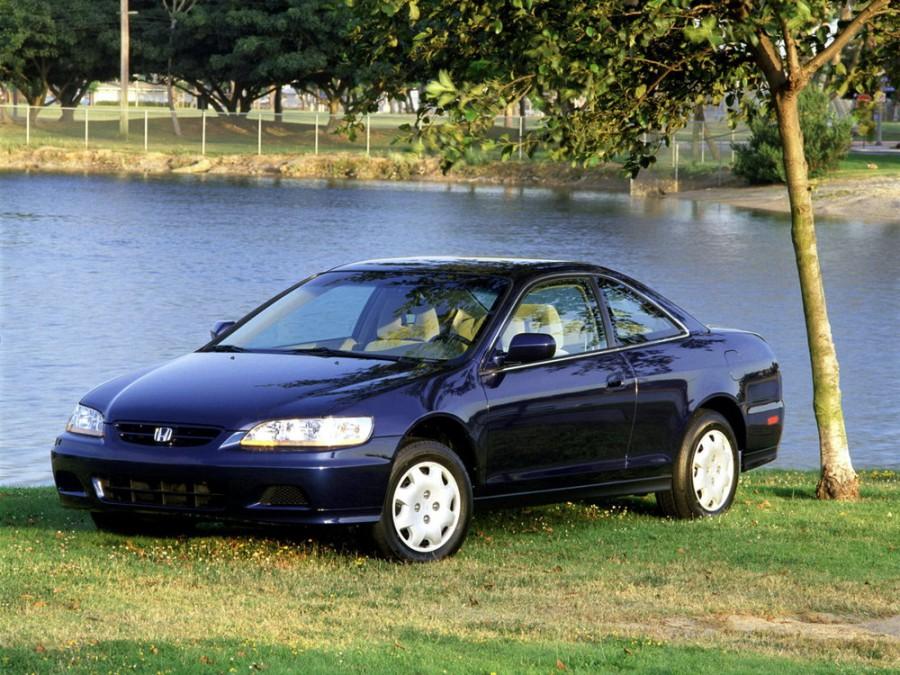 Honda Accord US-spec купе, 2001–2002, 6 поколение [рестайлинг] - отзывы, фото и характеристики на Car.ru