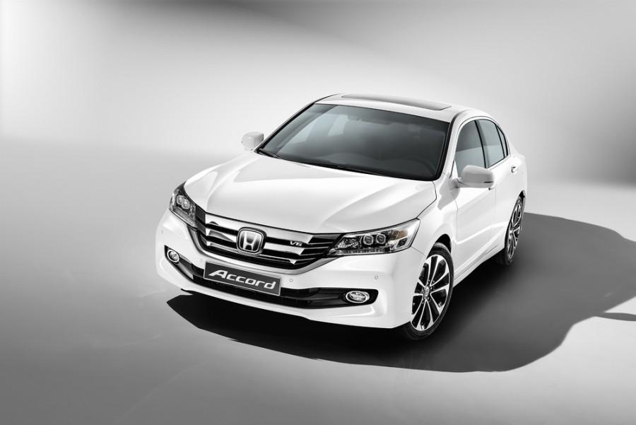 Honda Accord седан, 9 поколение [рестайлинг] - отзывы, фото и характеристики на Car.ru