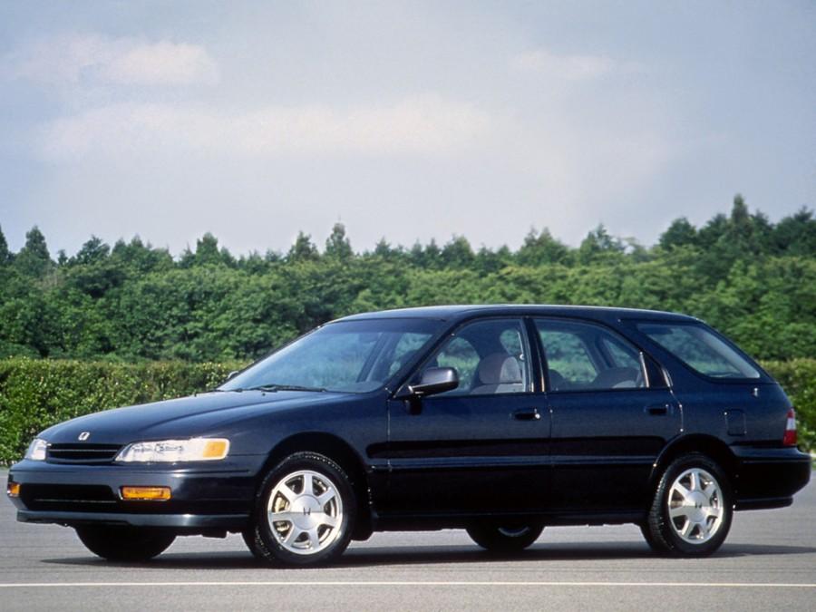 Honda Accord Aerodeck универсал, 1993–1998, 5 поколение - отзывы, фото и характеристики на Car.ru
