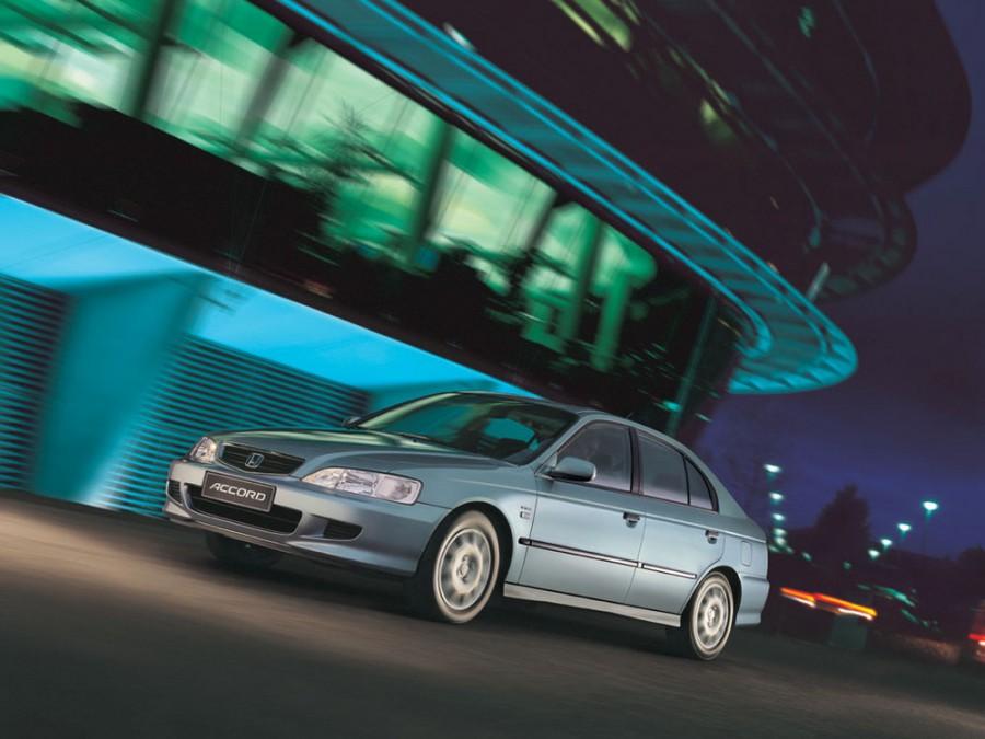 Honda Accord хетчбэк, 1998–2002, 6 поколение - отзывы, фото и характеристики на Car.ru