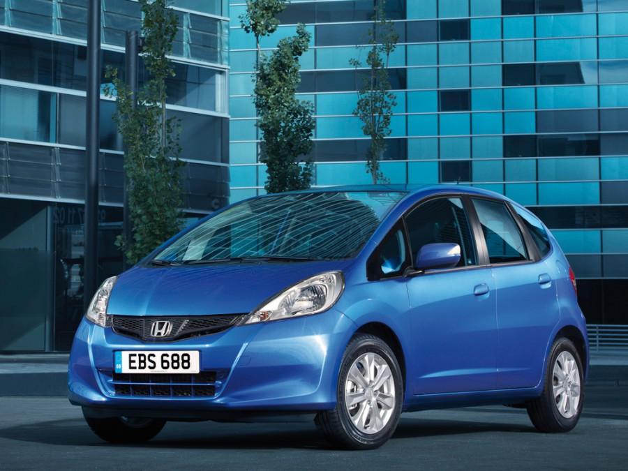 Honda Jazz хетчбэк 5-дв., 2010–2016, 2 поколение [рестайлинг] - отзывы, фото и характеристики на Car.ru