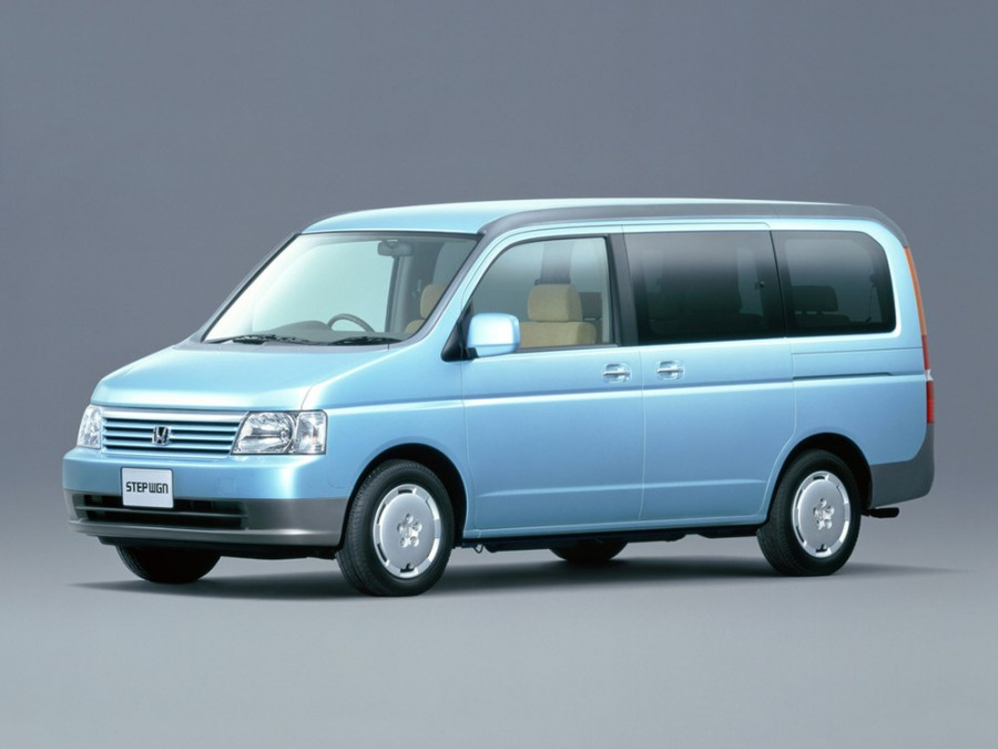 Honda Stepwgn минивэн 5-дв., 2001–2005, 2 поколение - отзывы, фото и характеристики на Car.ru
