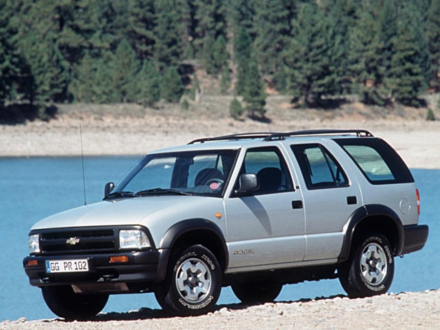 Chevrolet Blazer внедорожник, 1995–1997, 4 поколение - отзывы, фото и характеристики на Car.ru
