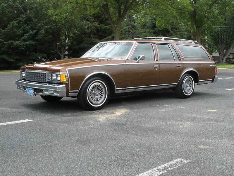 Chevrolet Caprice Kingswood Estate универсал, 1977–1979, 3 поколение - отзывы, фото и характеристики на Car.ru
