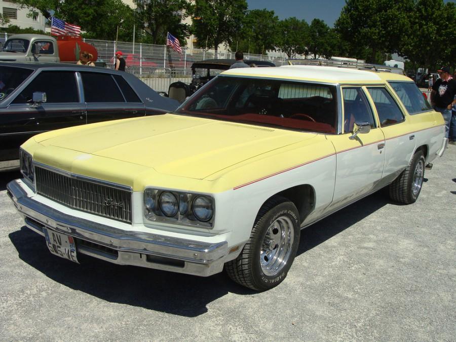 Chevrolet Caprice Kingswood Estate универсал, 1975, 2 поколение [4-й рестайлинг] - отзывы, фото и характеристики на Car.ru