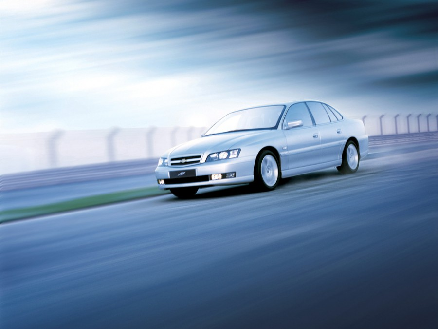 Chevrolet Caprice седан, 2004–2006, 5 поколение [рестайлинг] - отзывы, фото и характеристики на Car.ru
