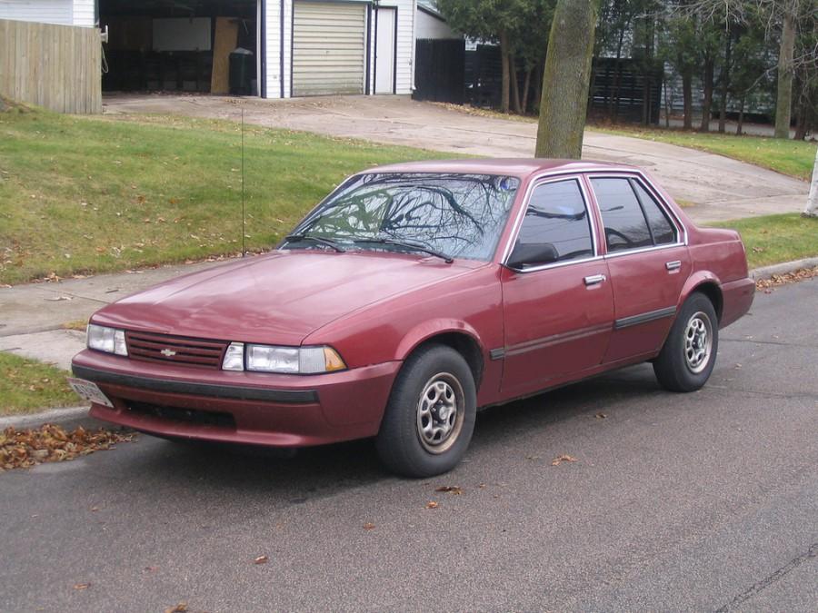 Chevrolet Cavalier седан, 1987–1990, 2 поколение - отзывы, фото и характеристики на Car.ru