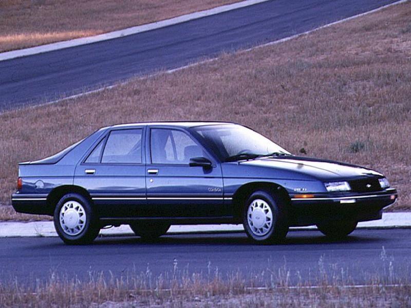 Chevrolet Corsica хетчбэк, 1988–1996, 1 поколение - отзывы, фото и характеристики на Car.ru