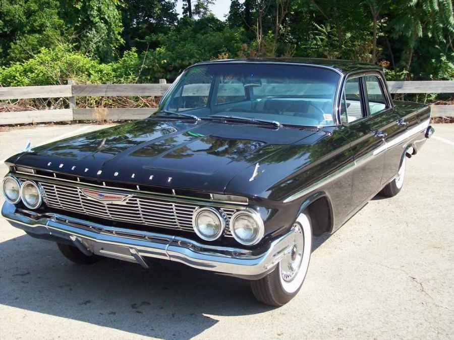 Chevrolet Impala седан, 1961, 3 поколение - отзывы, фото и характеристики на Car.ru