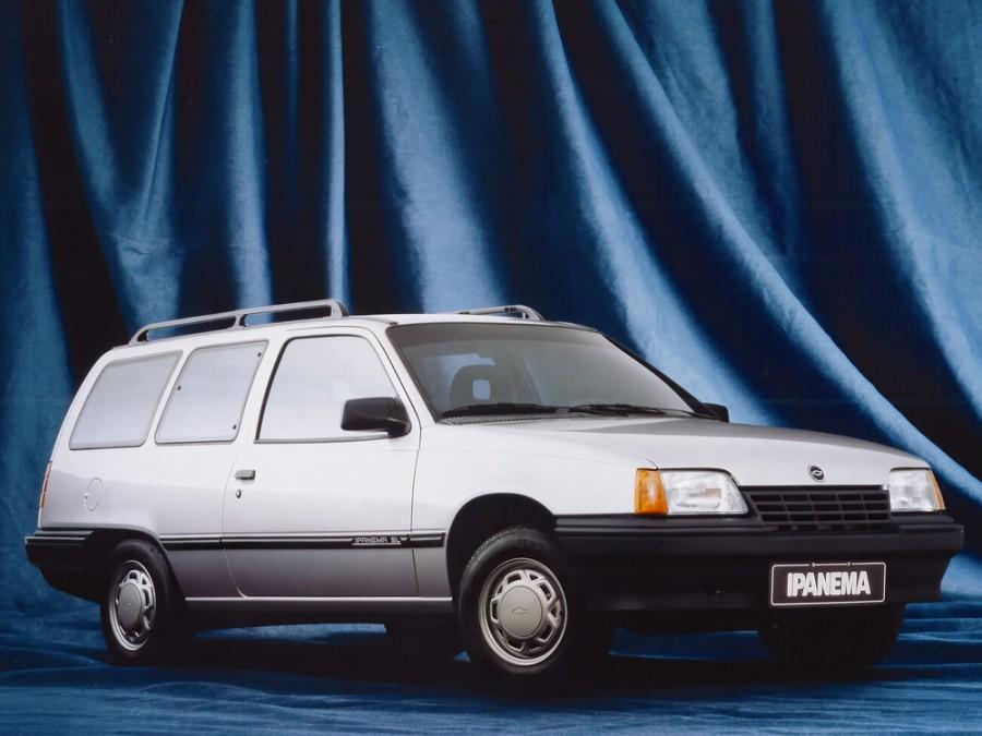 Chevrolet Ipanema универсал, 1989–1996, 1 поколение - отзывы, фото и характеристики на Car.ru