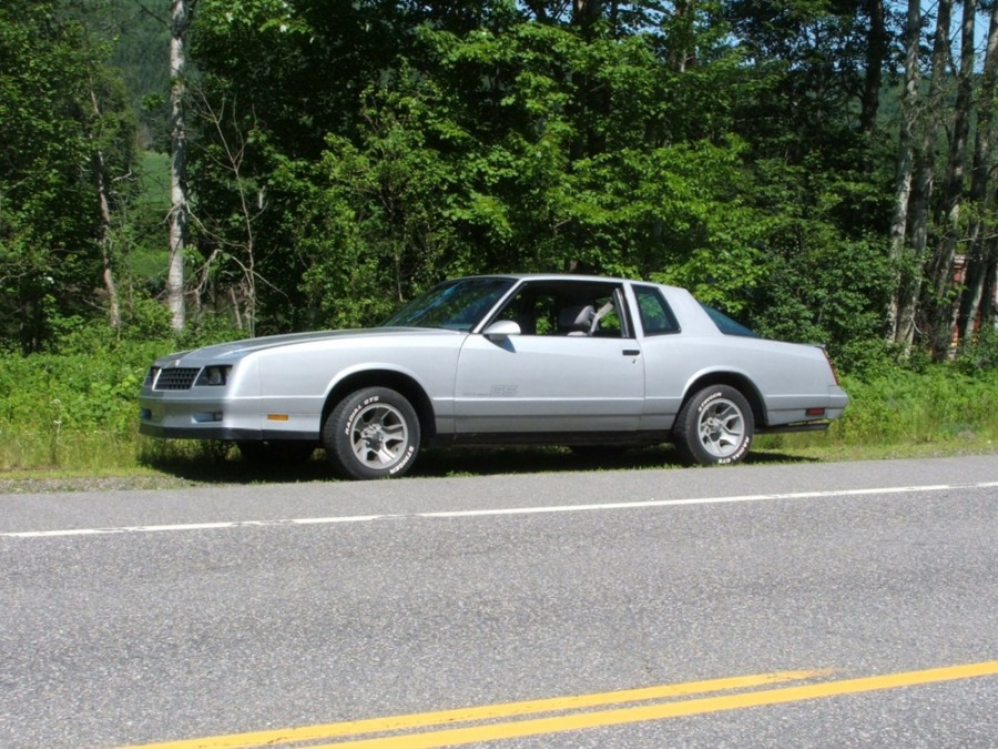 Chevrolet Monte Carlo SS Aerocoupe купе 2-дв., 1986–1988, 4 поколение [3-й рестайлинг] - отзывы, фото и характеристики на Car.ru