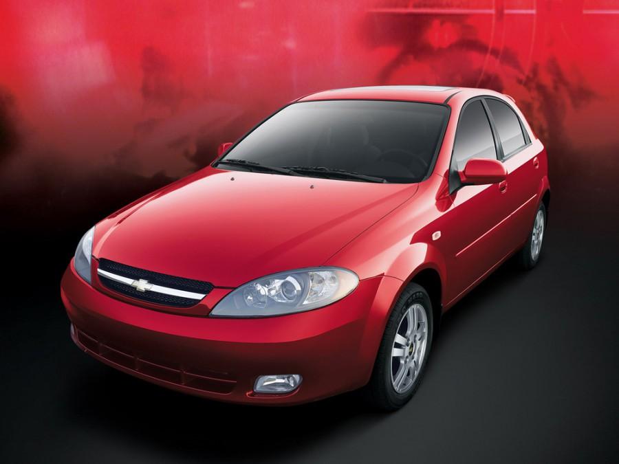 Chevrolet Optra хетчбэк, 2004–2008, 1 поколение [рестайлинг] - отзывы, фото и характеристики на Car.ru