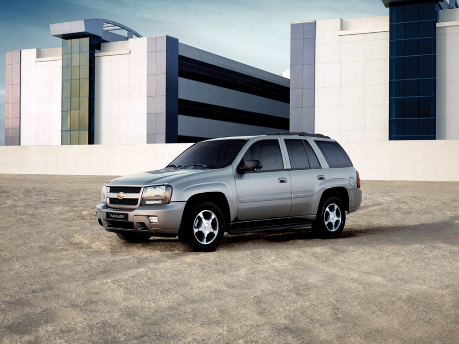 Chevrolet TrailBlazer внедорожник 5-дв., 2006–2009, 1 поколение [рестайлинг] - отзывы, фото и характеристики на Car.ru