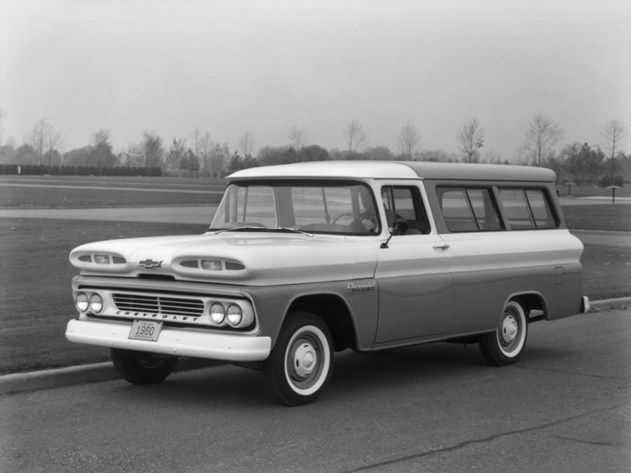 Chevrolet Suburban внедорожник, 1960–1962, 6 поколение - отзывы, фото и характеристики на Car.ru