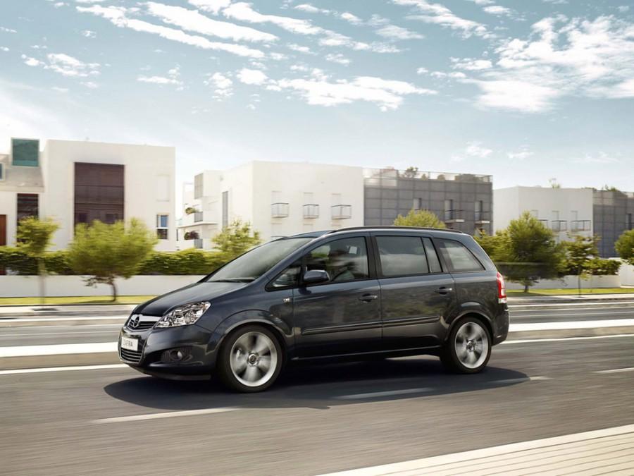 Chevrolet Zafira минивэн, 2009–2012, 2 поколение - отзывы, фото и характеристики на Car.ru
