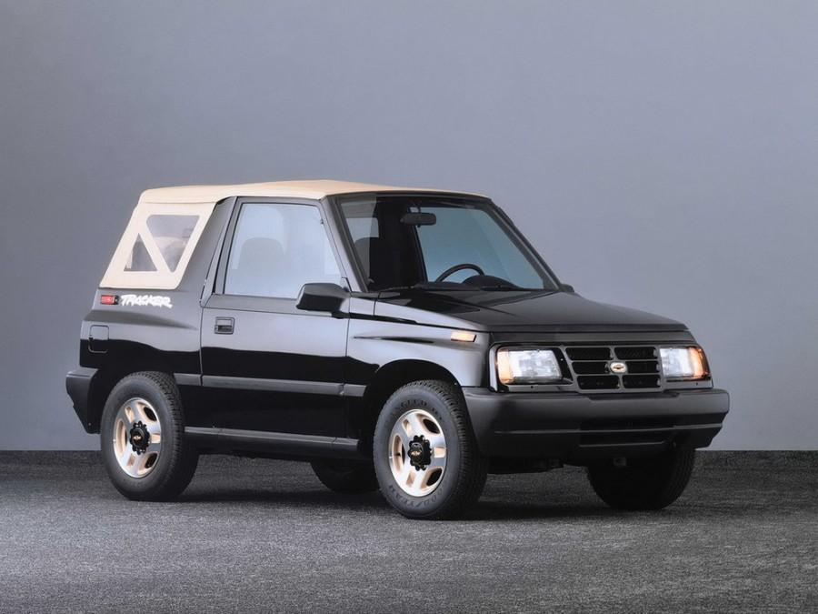 Chevrolet Tracker кабриолет, 1 поколение - отзывы, фото и характеристики на Car.ru