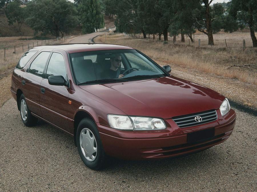 Toyota Camry универсал, 1997–2000, XV20 - отзывы, фото и характеристики на Car.ru