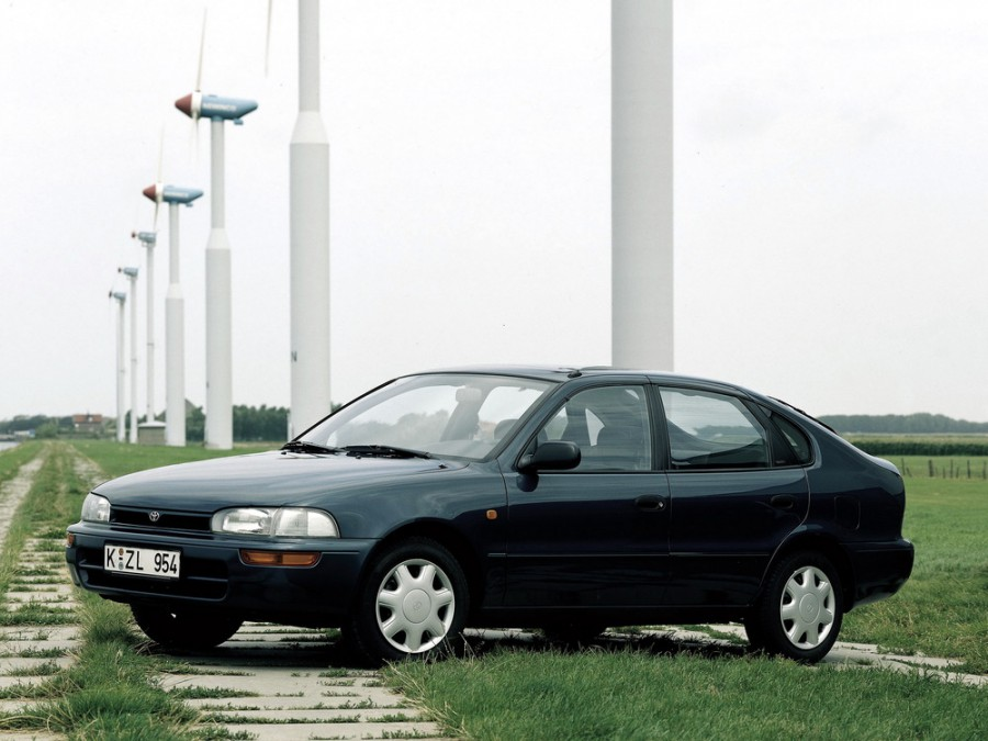 Toyota Corolla лифтбэк, 1991–1999, E100 - отзывы, фото и характеристики на Car.ru