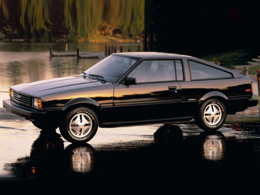 Toyota Corolla лифтбэк, 1982–1983, E70 [рестайлинг] - отзывы, фото и характеристики на Car.ru