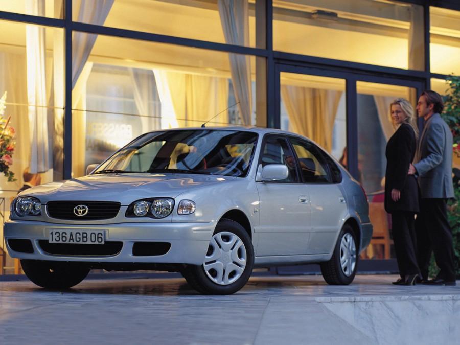 Toyota Corolla лифтбэк, 1997–2002, E110 [рестайлинг] - отзывы, фото и характеристики на Car.ru