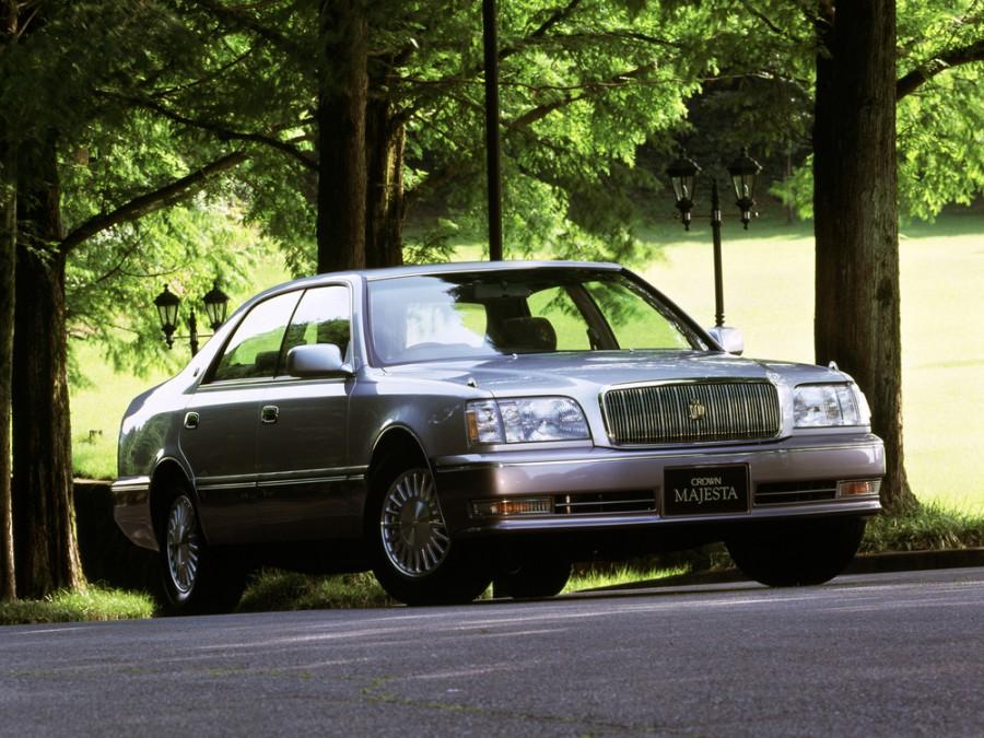 Toyota Crown Majesta хардтоп, 1995–1997, S150 - отзывы, фото и характеристики на Car.ru