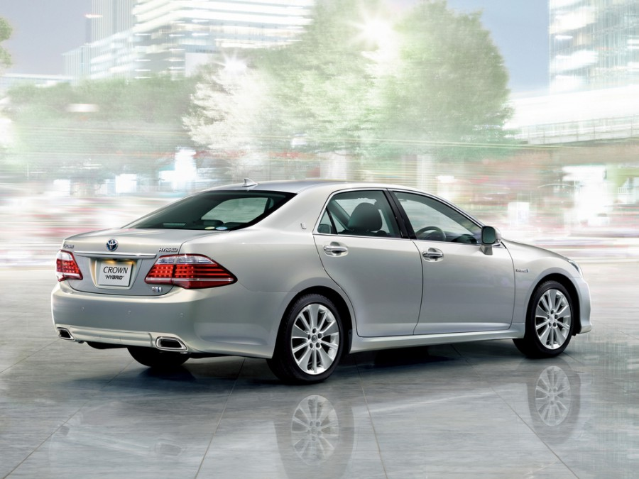 TOYOTA CROWN HYBRID catalog - Goo-net Exchange