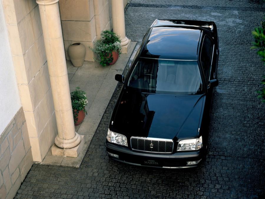 Купить Toyota Crown Majesta II (S150) с пробегом в ...