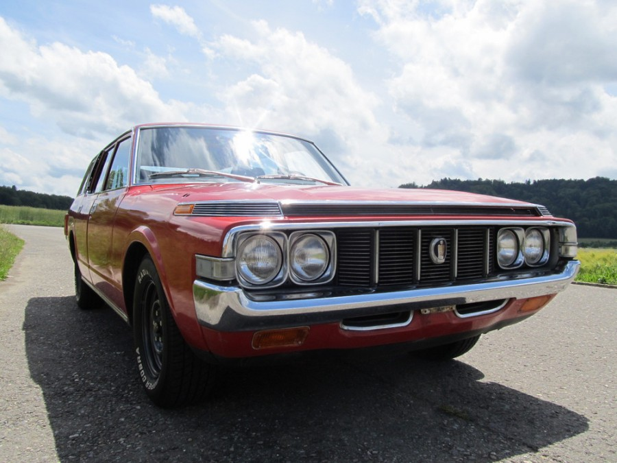 Toyota Crown универсал, 1973–1974, S70 [рестайлинг] - отзывы, фото и характеристики на Car.ru