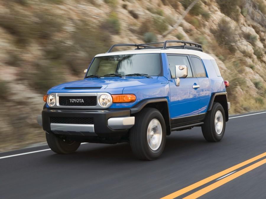 Toyota FJ Cruiser внедорожник, 2006–2010, 1 поколение - отзывы, фото и характеристики на Car.ru