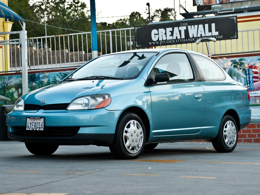 Toyota Echo купе, 1999–2003, 1 поколение - отзывы, фото и характеристики на Car.ru
