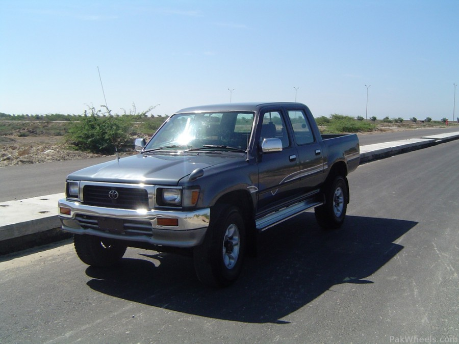 Toyota Hilux пикап 4-дв., 1991–1997, 5 поколение [рестайлинг] - отзывы, фото и характеристики на Car.ru