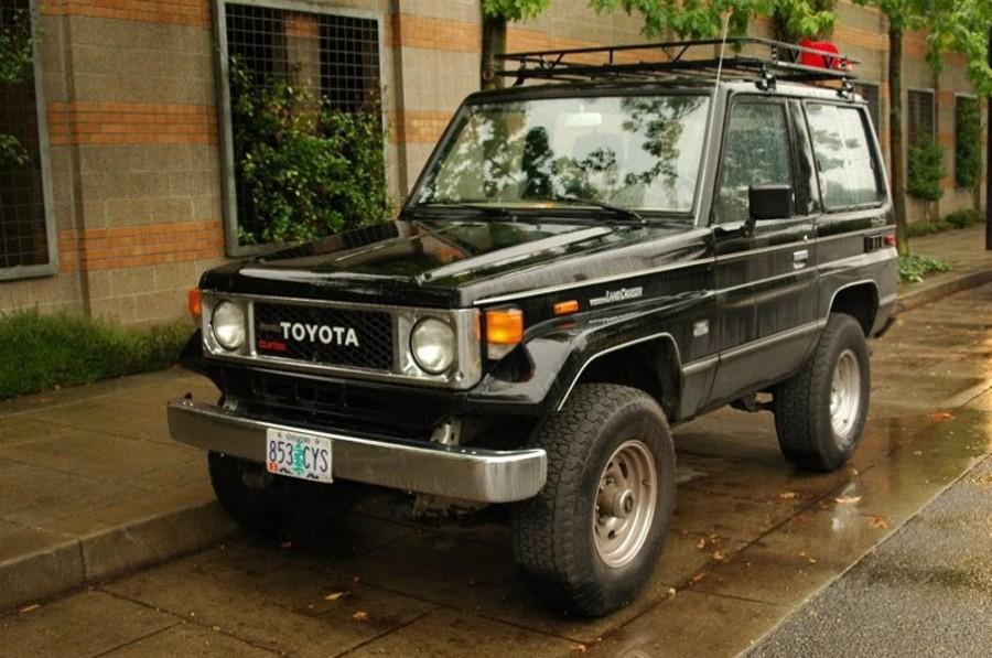 Toyota Land Cruiser BJ70 внедорожник 3-дв., 1984–1990, J70 - отзывы, фото и характеристики на Car.ru