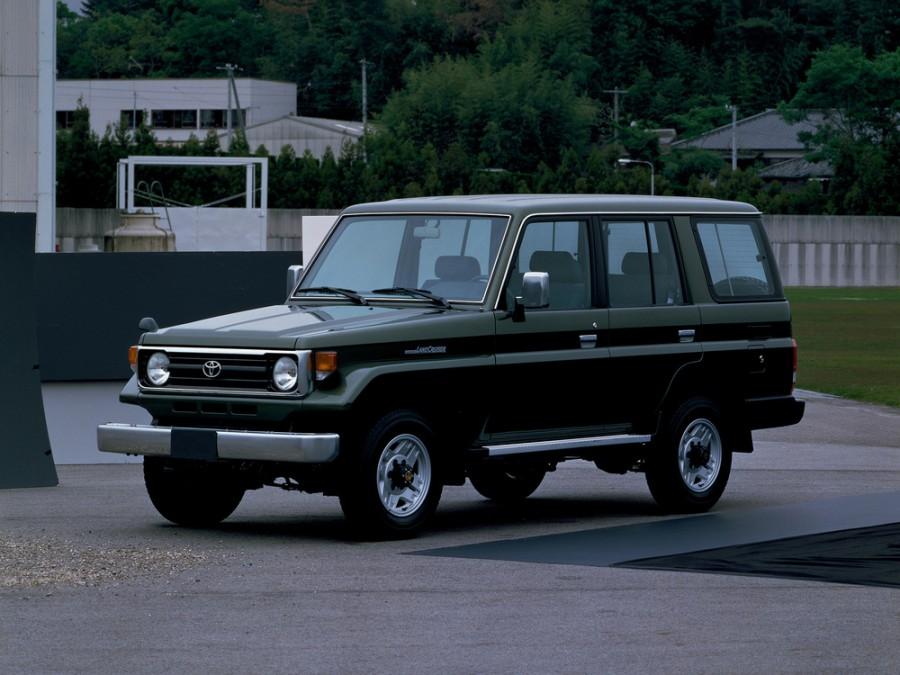 Toyota Land Cruiser J77 внедорожник 5-дв., 1990–1999, J70 [рестайлинг] - отзывы, фото и характеристики на Car.ru