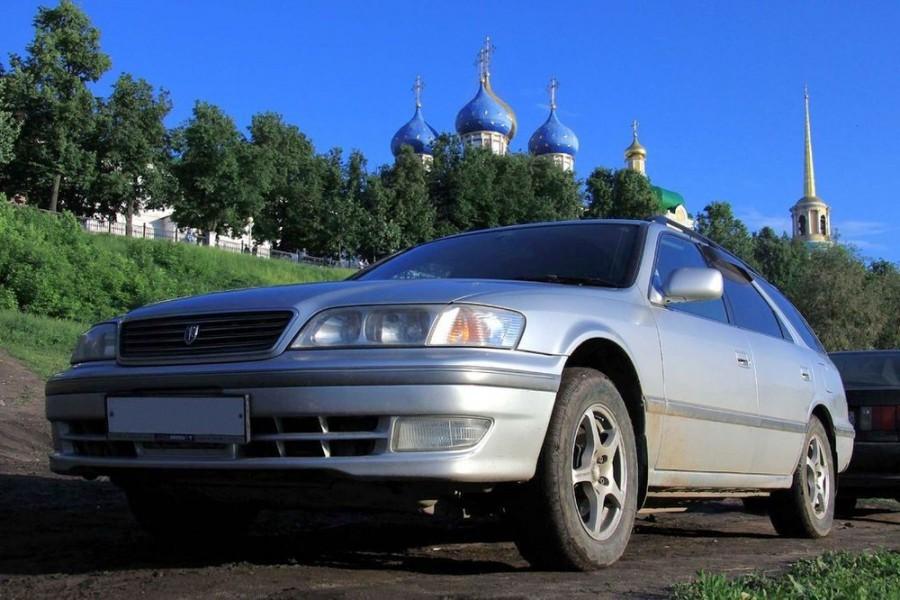 Toyota Mark II Qualis универсал, 1998–2002, X100 [рестайлинг] - отзывы, фото и характеристики на Car.ru