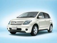 Toyota ist, 1 поколение, Хетчбэк, 2002–2005
