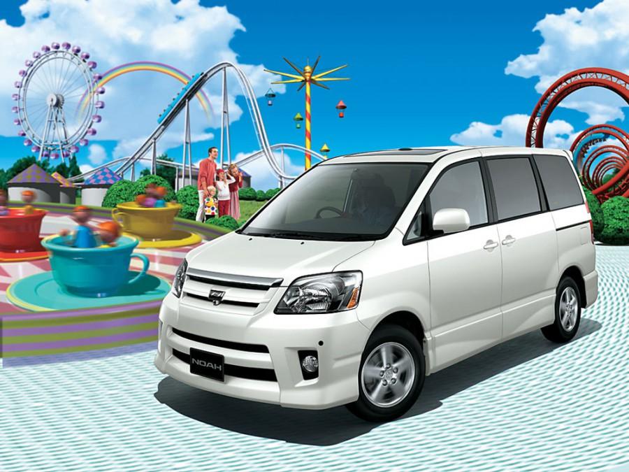 Toyota Noah минивэн, 2001–2007, 1 поколение - отзывы, фото и характеристики на Car.ru