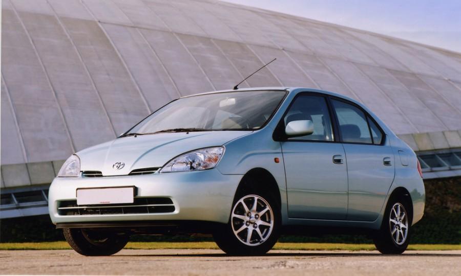 Toyota Prius — Wikipédia