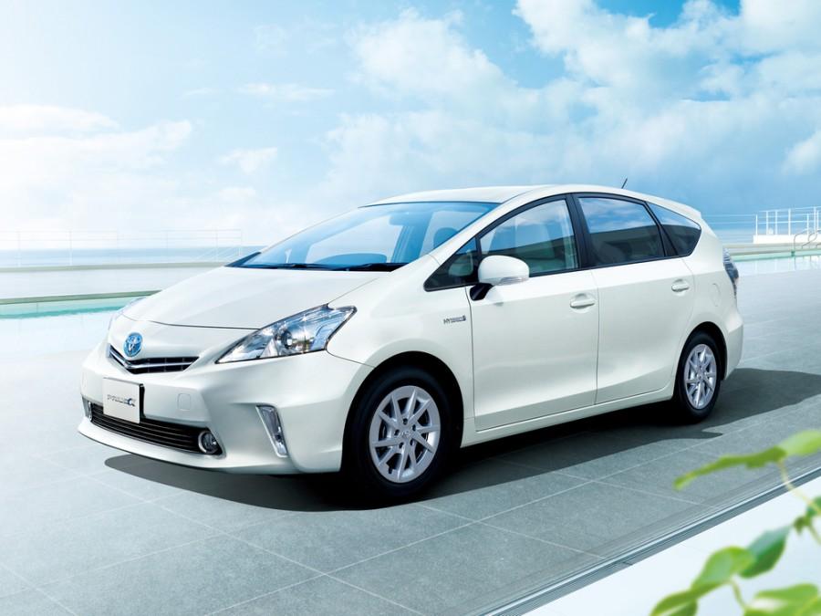 Toyota Prius A минивэн, 2012–2016, 1 поколение - отзывы, фото и характеристики на Car.ru