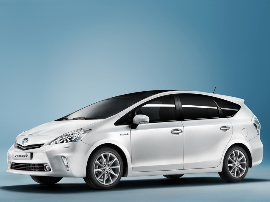 Toyota Prius Plus минивэн, 2012–2016, 1 поколение - отзывы, фото и характеристики на Car.ru