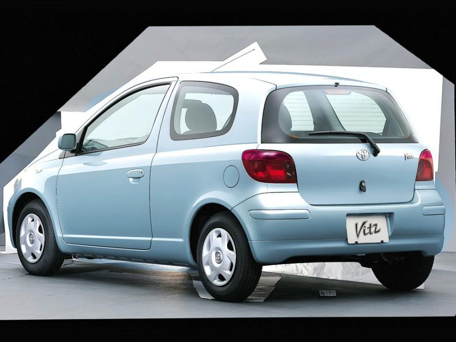 Toyota Vitz хетчбэк 3-дв., 2001–2005, XP10 [рестайлинг] - отзывы, фото и характеристики на Car.ru