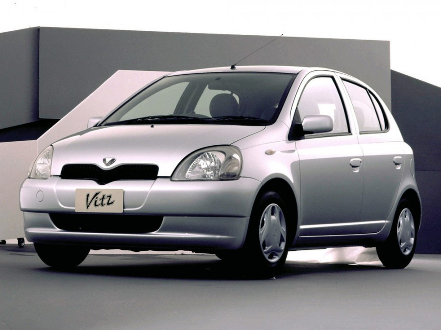 Toyota Vitz хетчбэк 5-дв., 1998–2002, XP10 - отзывы, фото и характеристики на Car.ru