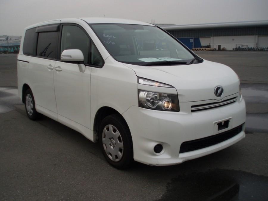 Toyota Voxy минивэн, 2007–2016, 2 поколение - отзывы, фото и характеристики на Car.ru
